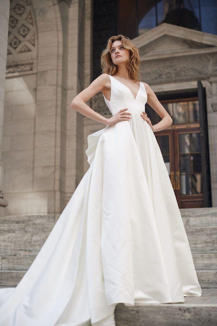 19102 Front Jpg Bow Wedding Dress Monique Lhuillier Wedding Dress Wedding Dress Styles