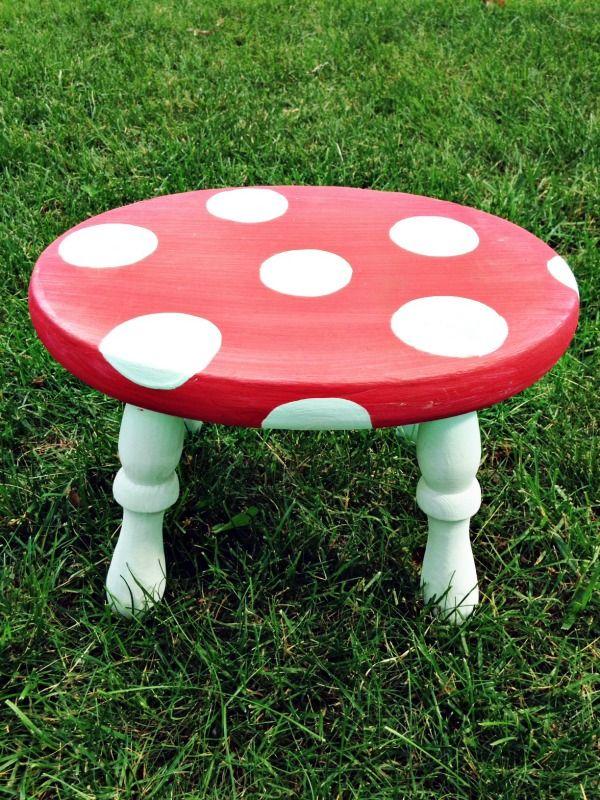 Gentil Mushroom Stool