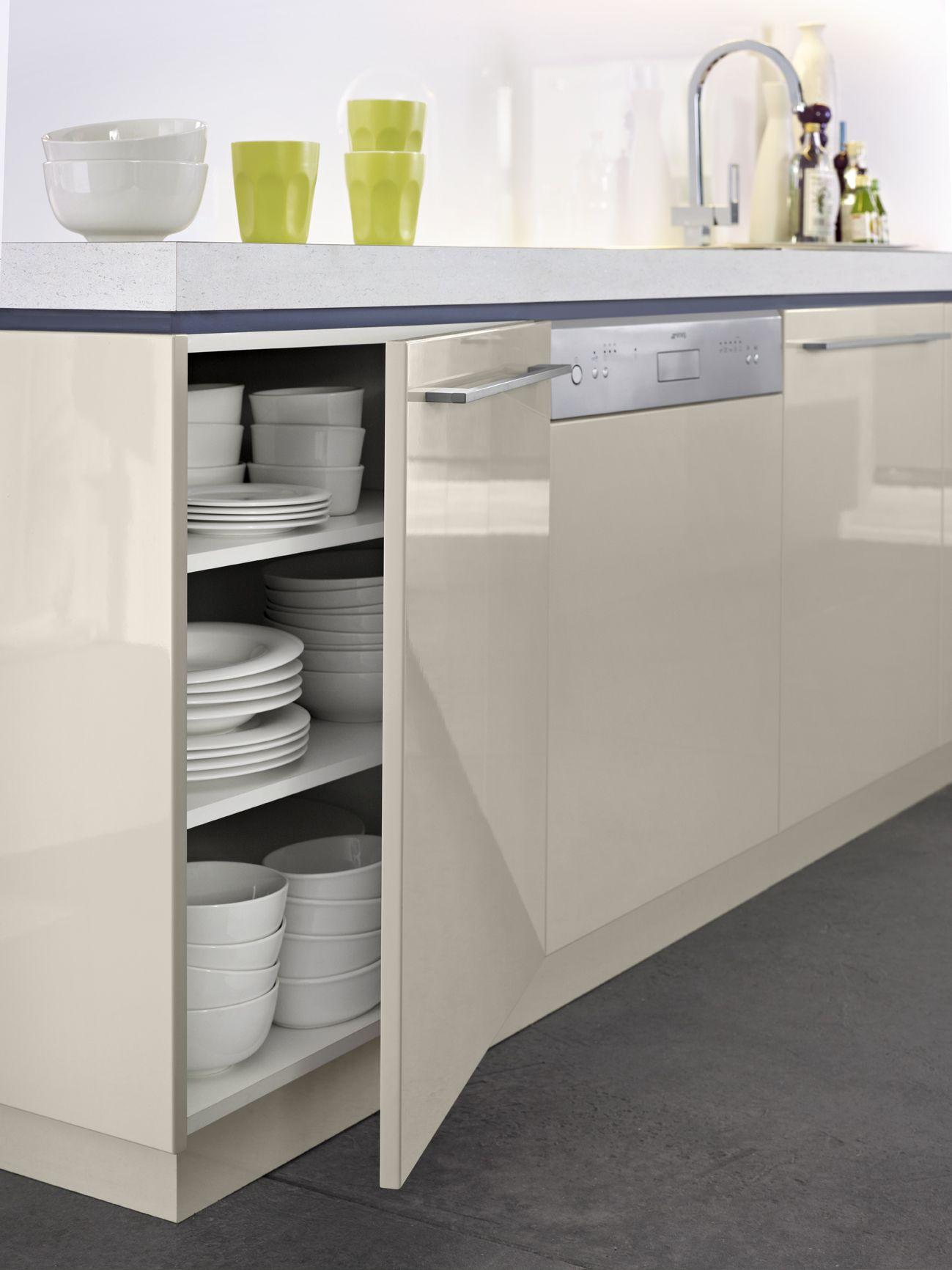 Cupboards laminex colourtech pumice benchtop laminex for Laminex kitchen designs
