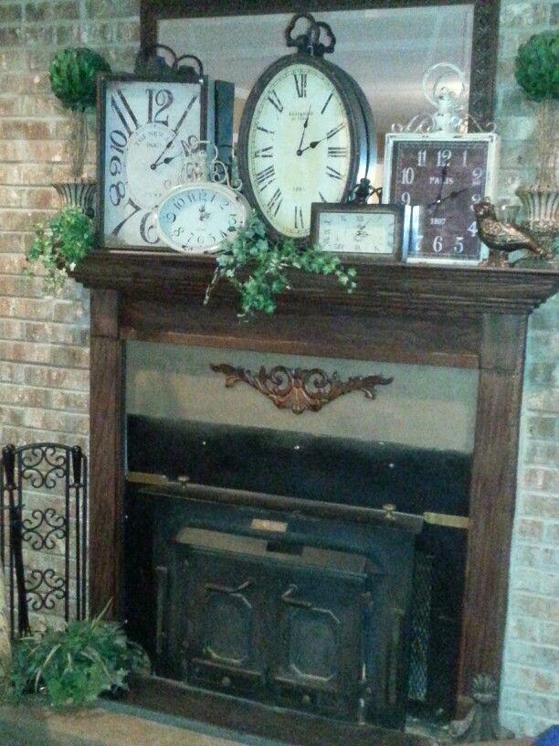 Clocks on a mantle