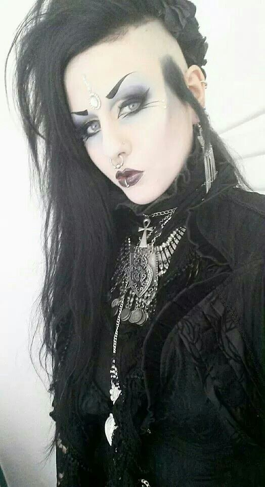 Pin On Gothic Beauty