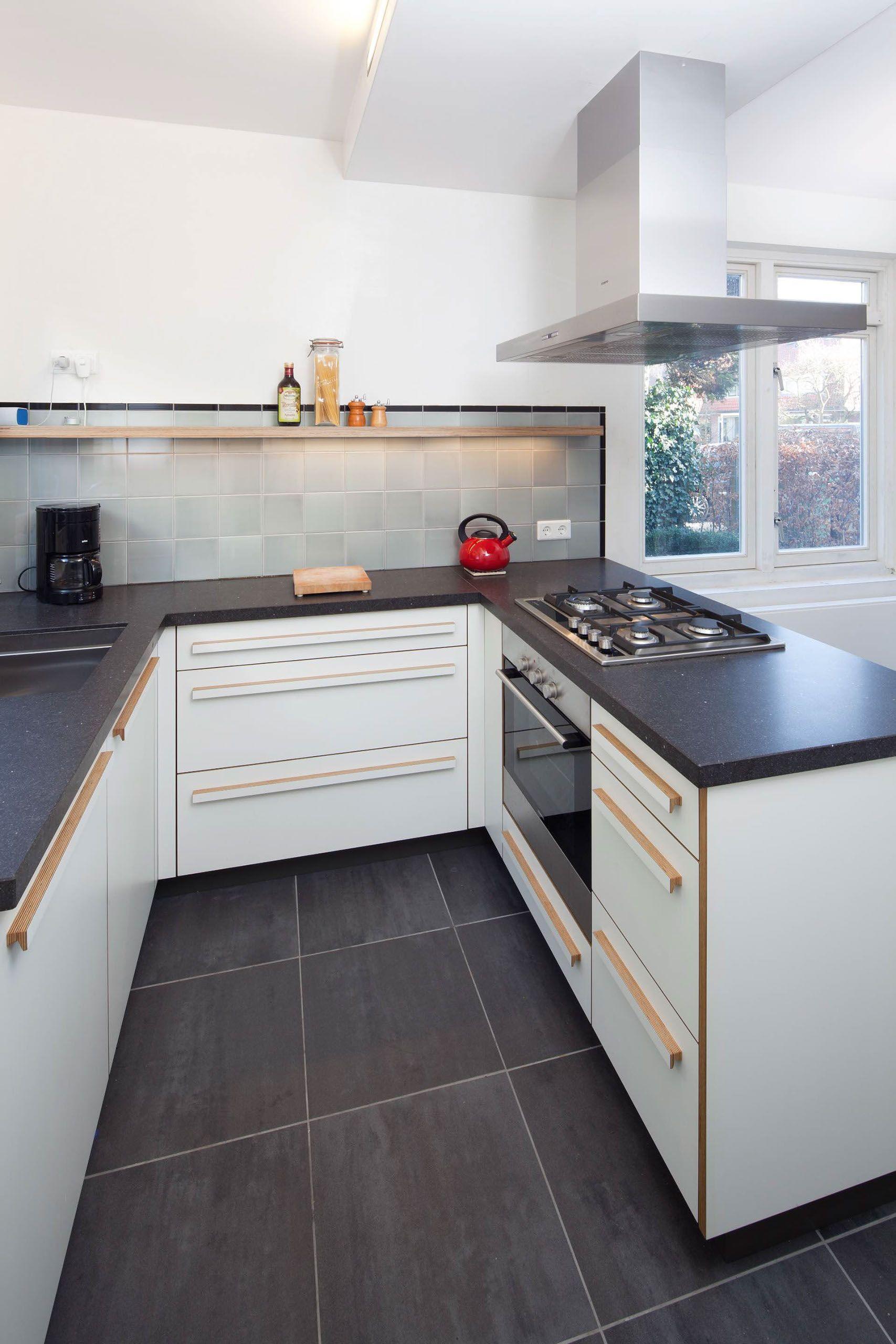 Keukenwerkplaats keukens meubelmaker in utrecht voor uw for Keukenkast ontwerpen