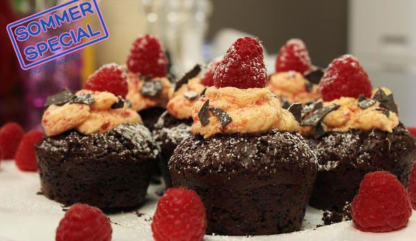 Schwarzwälder-Himbeer-Muffins vegan: Das Rezept aus Enie backt