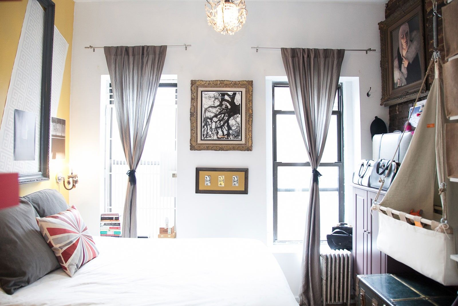 Baby Room Decor Tips For Small Spaces - NYC   Square feet, Small ...