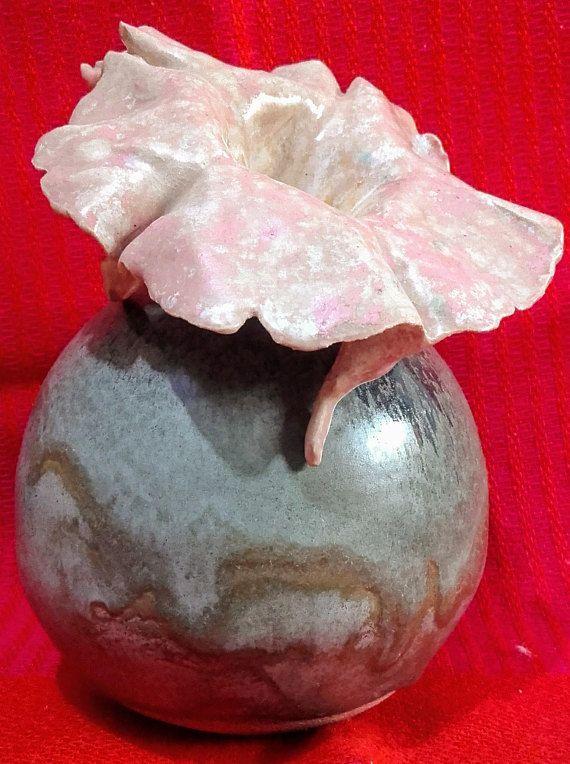 One Sculpted Flower In Spherical Vase, Little Bud Vase, Clay Sculpture  Pottery, Clay Sculpture Ceramic, Decor Idea, Clay Ball Ceramic Shape