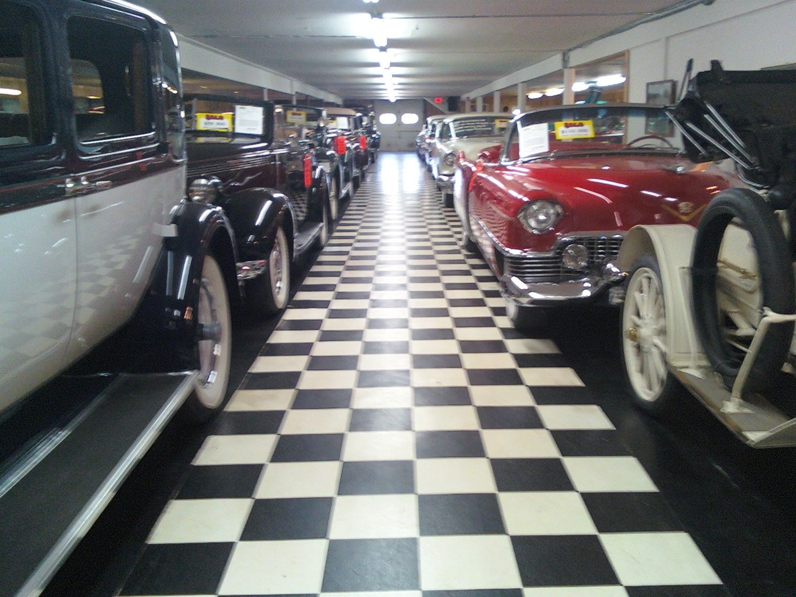 Volo Auto Museum,, in Chicago this is a must to see,, Awesome Car ...