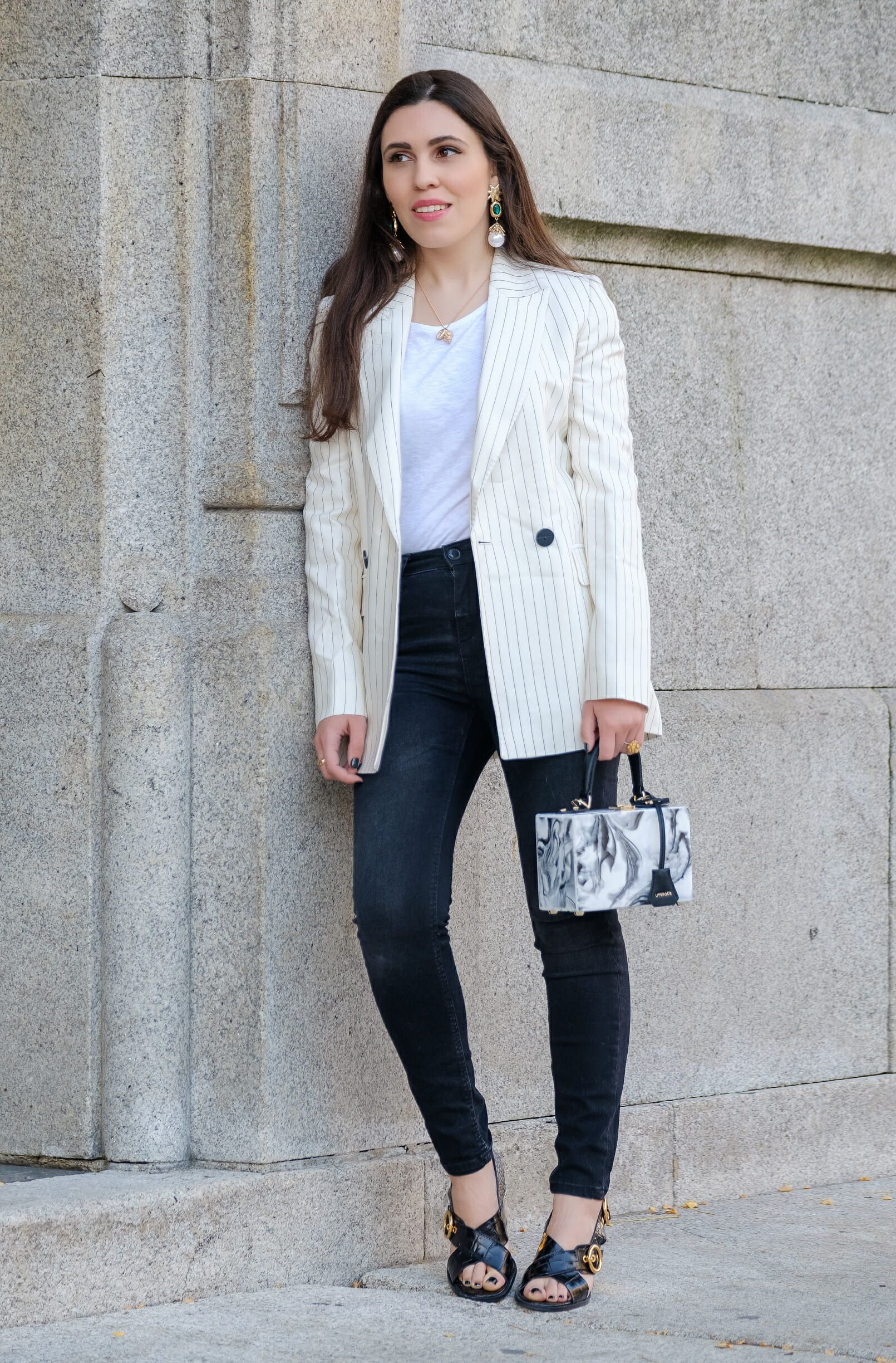 2a3ea09f What i always buy on sales: Blazer - #Bag #black #blazer #box #conch #Gold  #Heels #Leather #linen #marble #MassimoDutti #necklace #Pinstripes #sales  ...