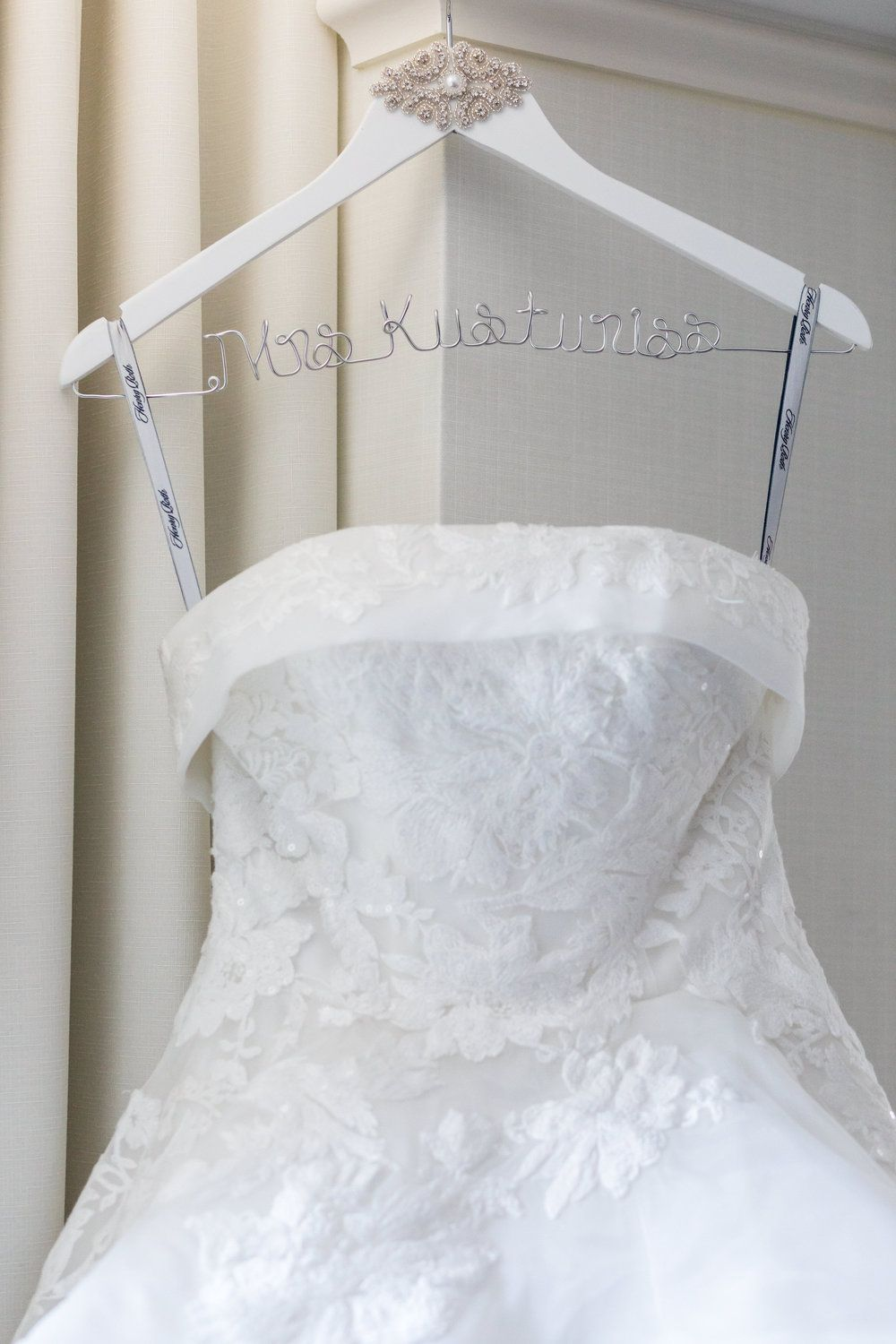 In love with the details on this dress hanger. Real