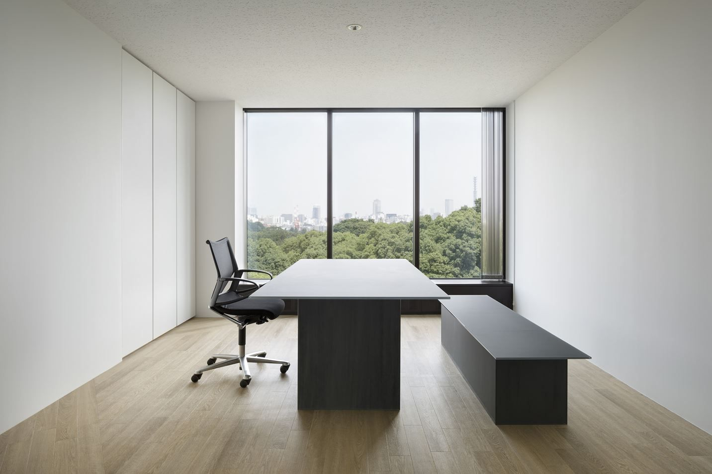 Aoyama Office - Picture gallery