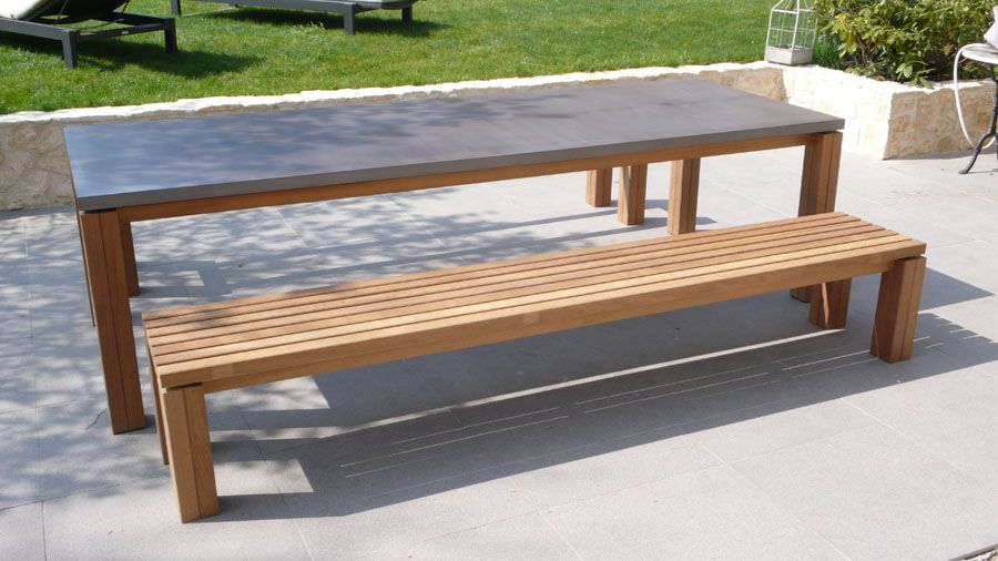 Ensemble table et bancs contemporain   en teck   en béton   de - beton cire pour exterieur