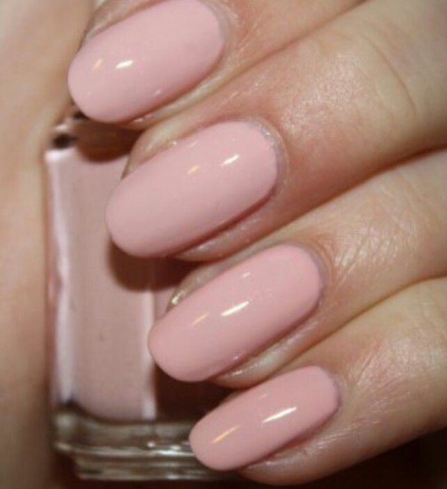 Rounded nails -want to try this shape | Nails | Pinterest | Round ...