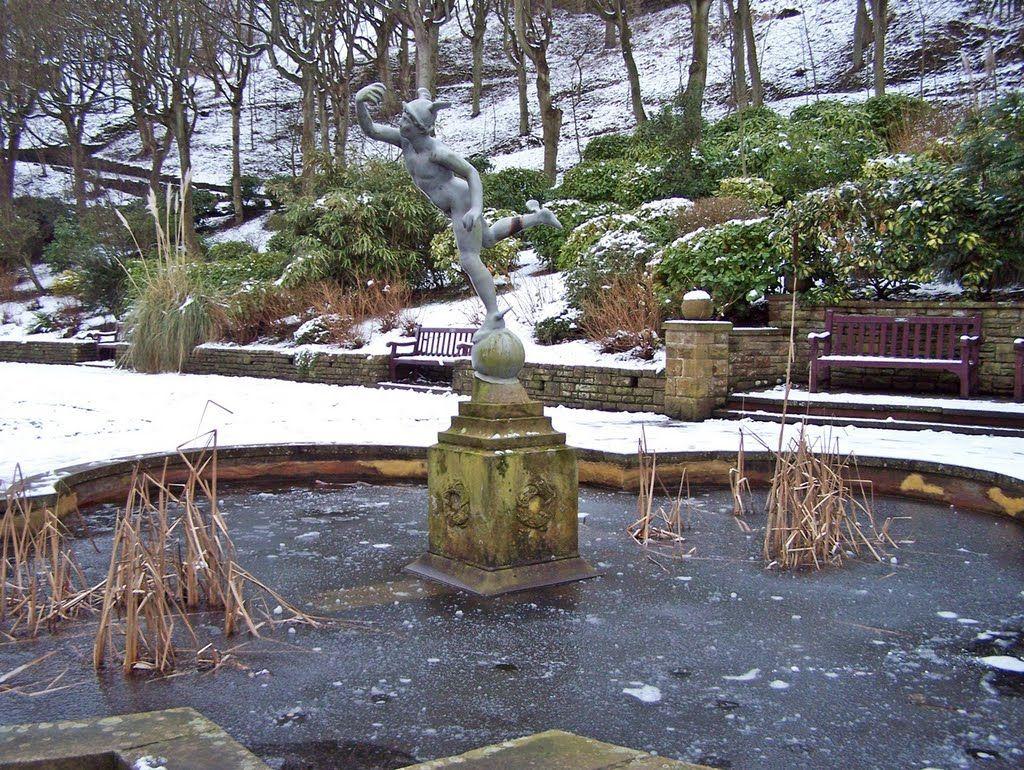 italian garden scarborough esplanade fontány pinterest