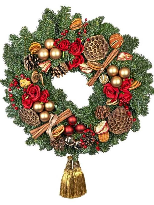 12 best artificial Christmas wreaths