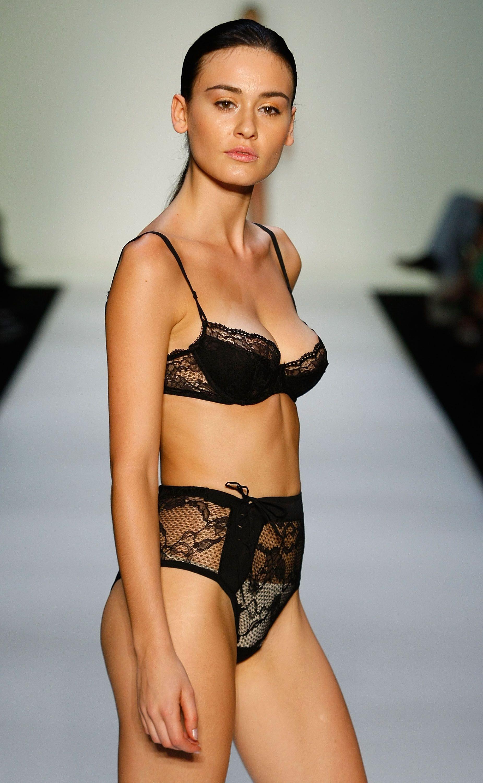 La Perla Models