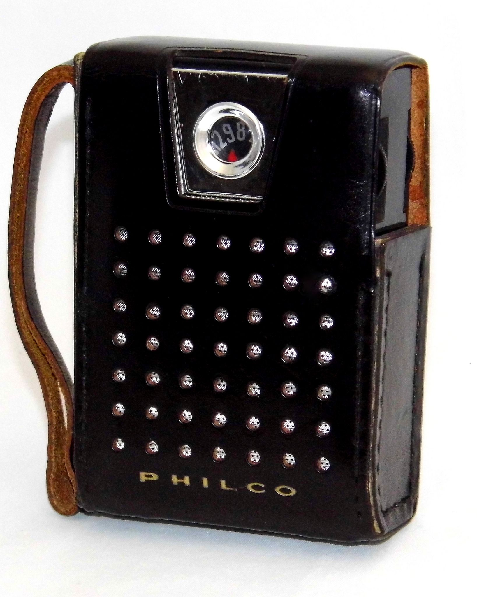 Vintage Philco Transistor Radio In Leather Case, Model NT-602BK, AM