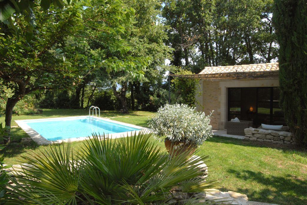 Saignon, Mas de vacances avec 5 chambres pour 8 personnes Réservez - location vacances provence avec piscine