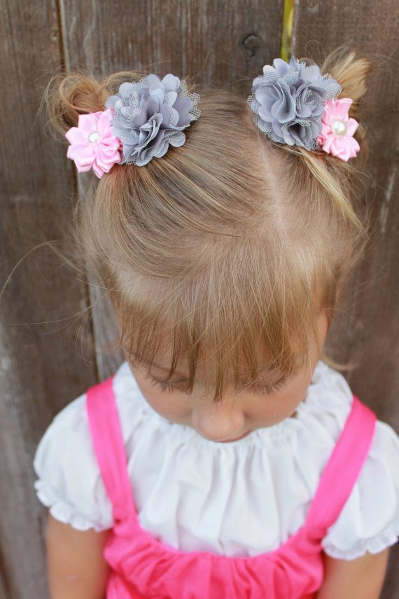 Pink Flower Clips - La Bella Rose Boutique. Girls accessories. Flower girl hairpiece, easter outfit, photoshoot outfit, girls hair idea.