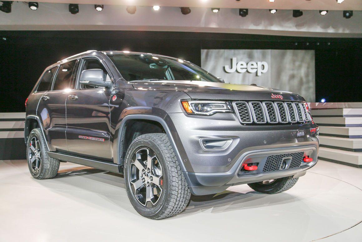 2017 Jeep Grand Cherokee Trailhawk, Summit First Look