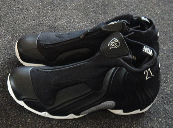 f83b02611fd765 Nike Air Flightposite - Kevin Garnett  The Future  PE - SneakerNews ...