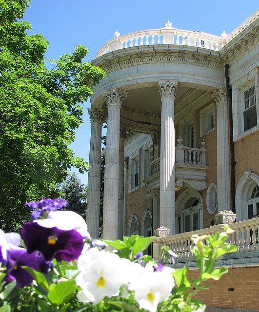 Unique Wedding Venues In Colorado: Grant-Humphreys Mansion, Denver, Colorado
