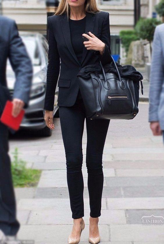 Jeans + Black TShirt