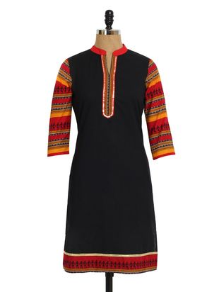 Black kurti with Warli print sleeves