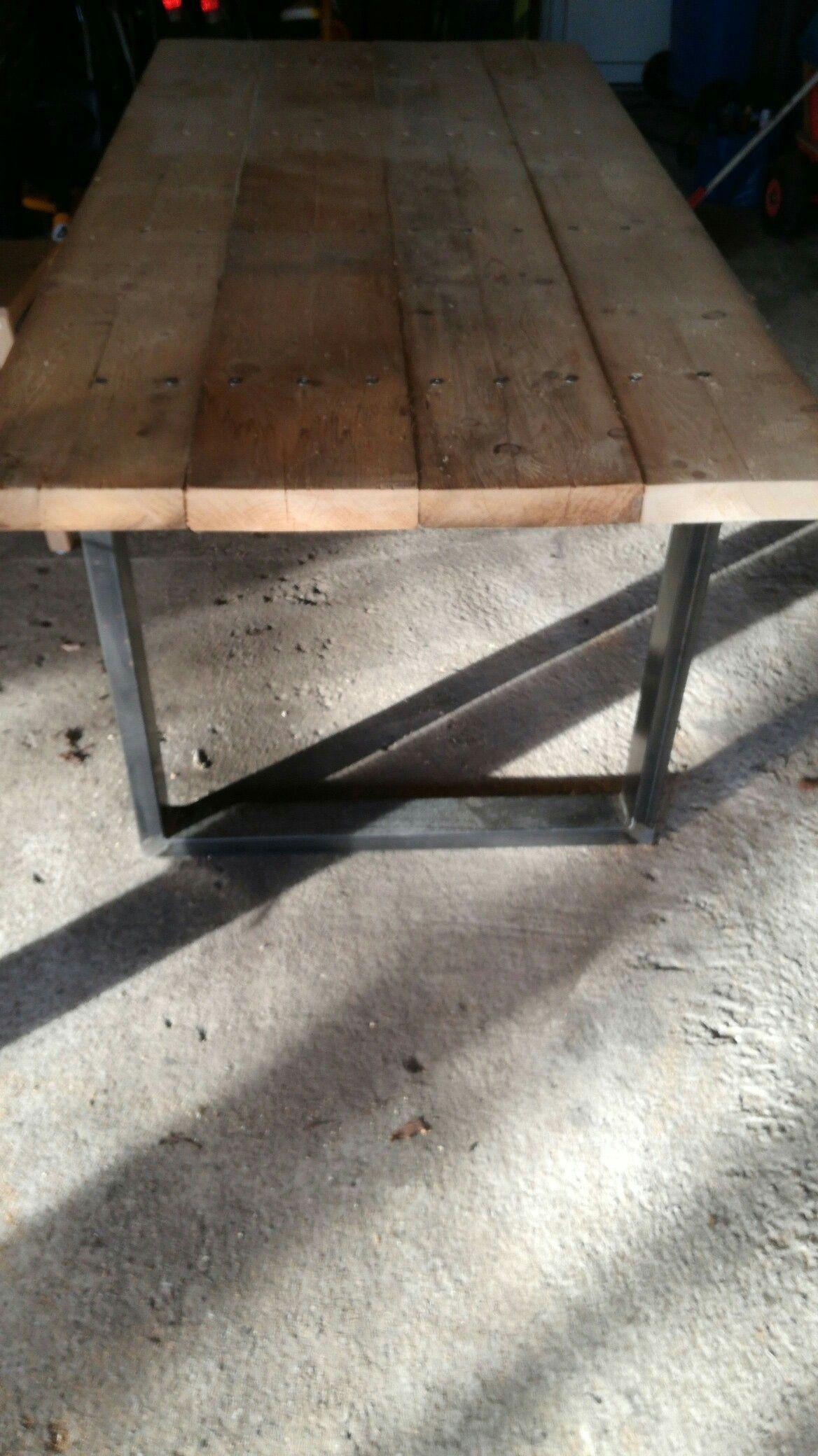 diy tisch aus bohlen. table with planks.   möbel   pinterest   plank