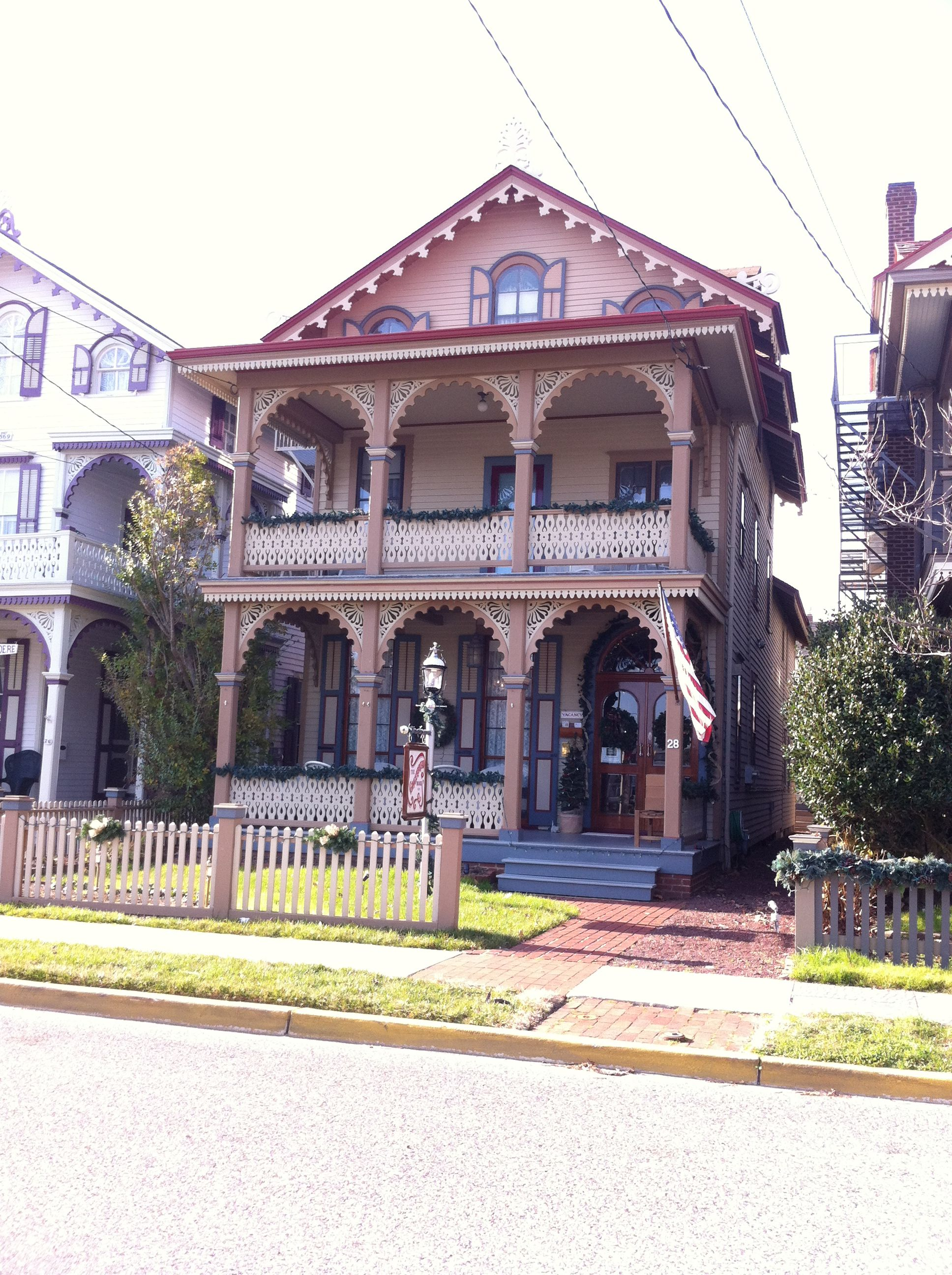 Experience a Victorian Christmas in Cape May, NJ... CHECK