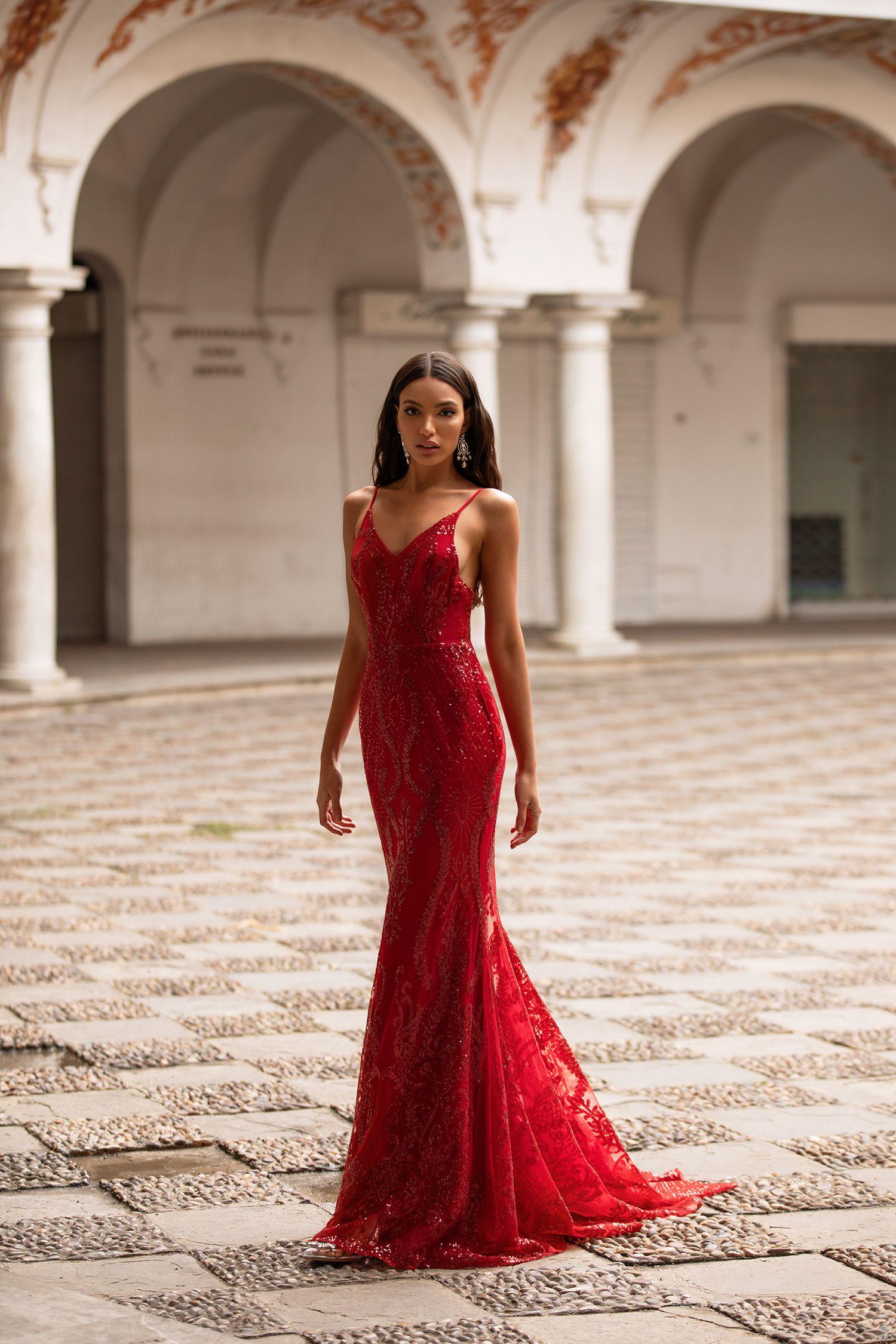 Rendira Sequin Gown Deep Red In 2020 Red Mermaid Dress Deep Red Dress Sequin Gown [ 2250 x 1500 Pixel ]