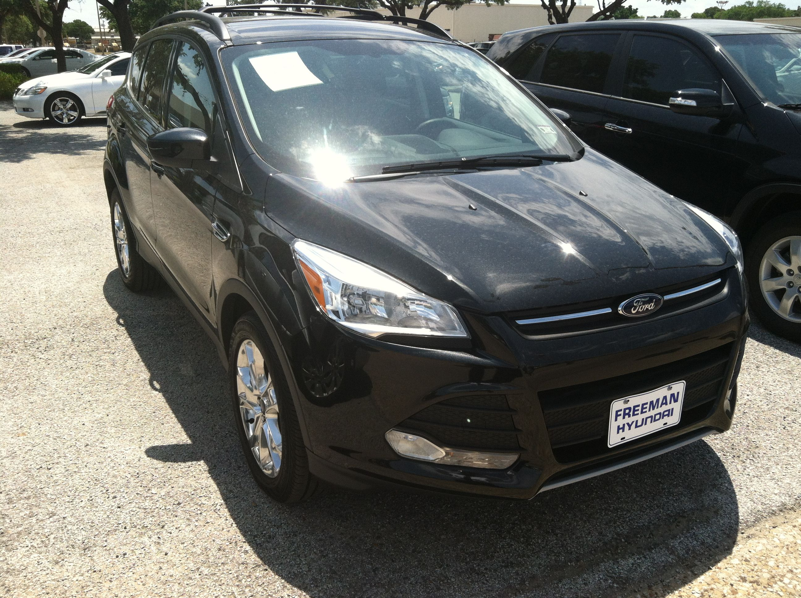 STK#PDUB07912- 2013 FORD ESCAPE w 6,000 miles NICE!!! $27,450. Call me at 817-919-4024