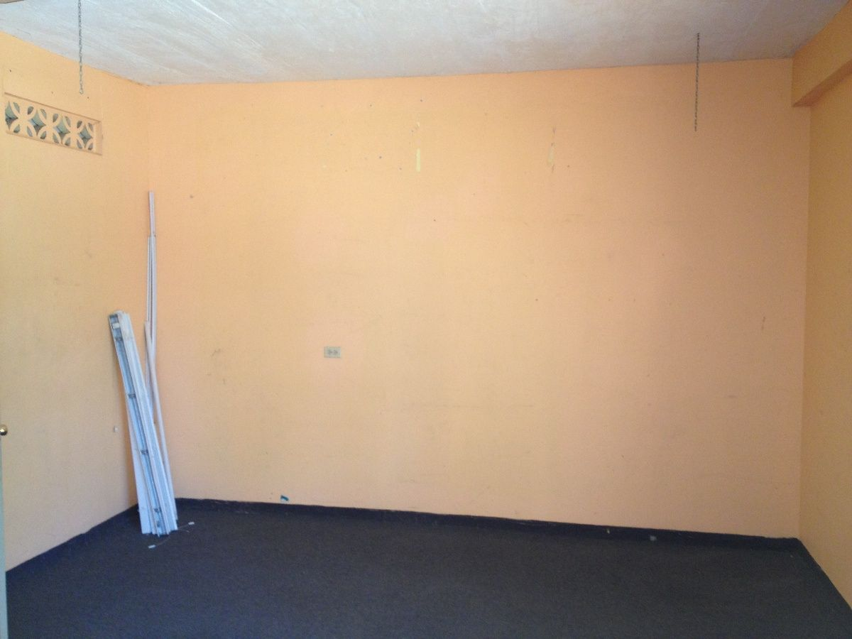 Small Business Rental Space - Favorite Interior Paint Colors Check ...
