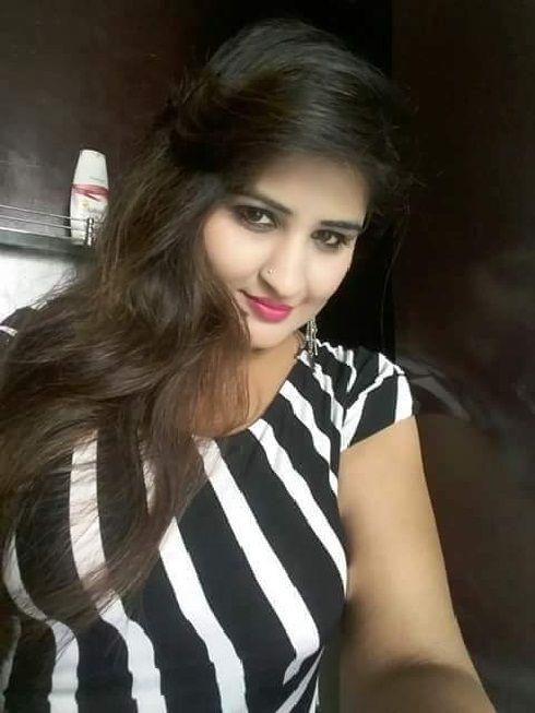 Amatuer Busty Wife Boob Slip While Giving Bj Porn Photos