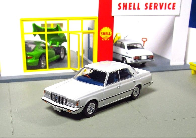 9c162b753b7b Tomica Limited Vintage Neo - LV-N78a Toyota Crown 4DR Hardtop 2800 DOHC  Royal Saloon