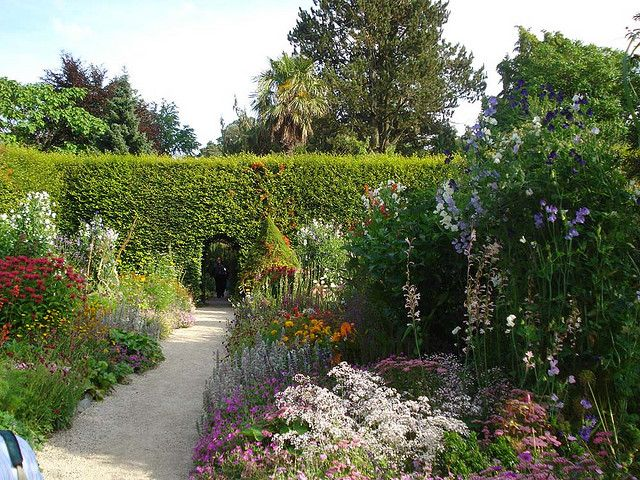 Pin On Gardens Castles Of Ireland