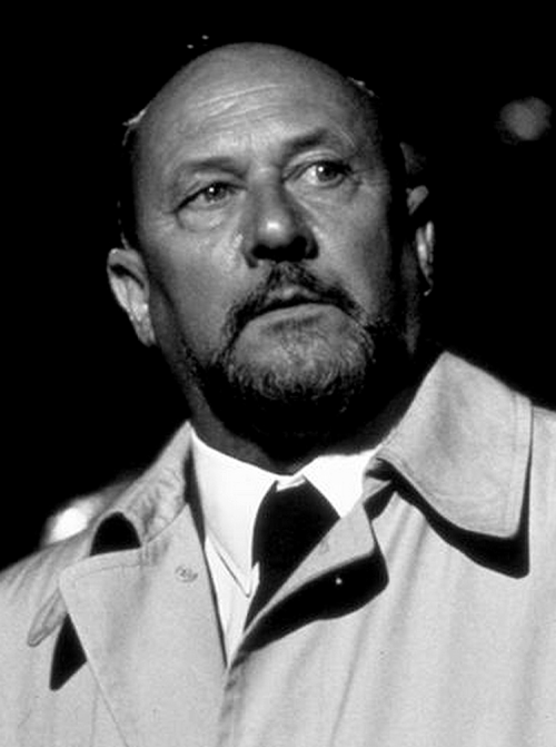 Dr. Loomis Donald pleasence, Michael myers, Michael