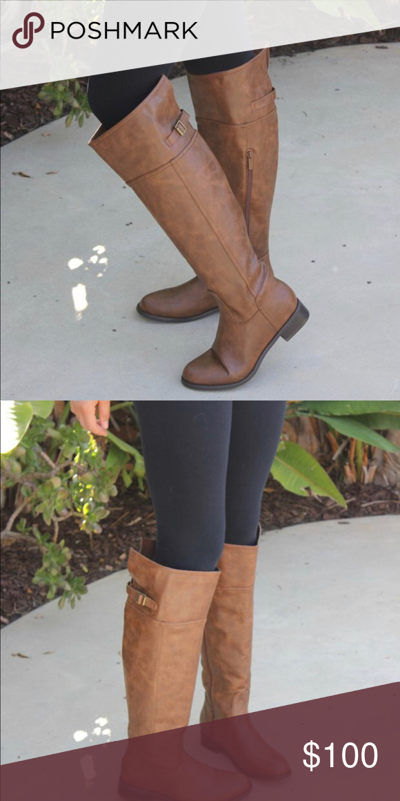 bb000300d Tall riding boots Riders women tall distressed riding boots. Knee high,  open back, perfect fit all the way around. LOVEEE these items.