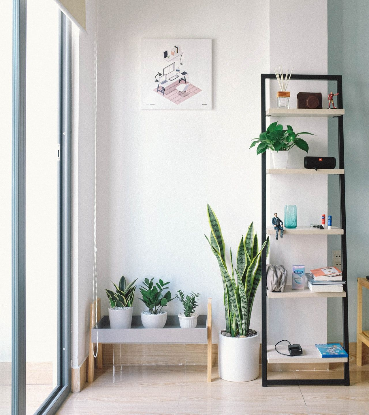 20 Small Dining Room Ideas On A Budget: Tips On How To Decorate A Living Room On A Student Budget