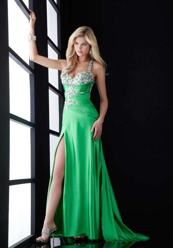 Resultado de imagen para vestidos de gala color verde