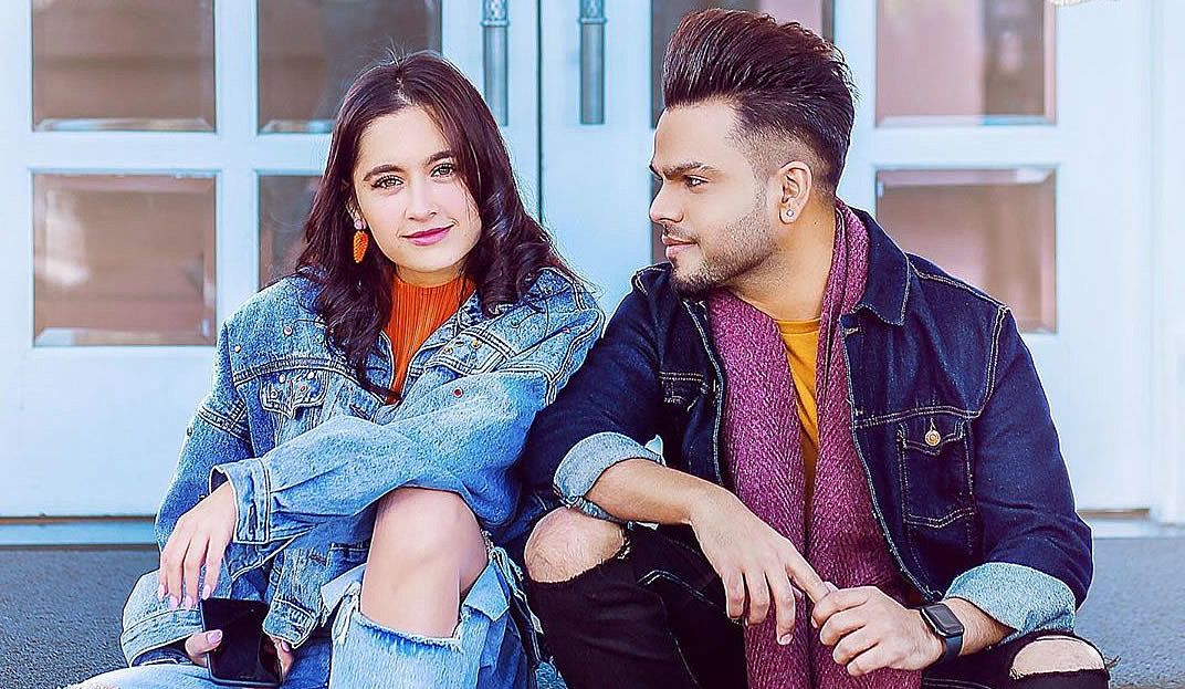 Kalla Sohna Nai Lyrics Akhil Sanjeeda Sheikh Desi Music Lyrics Music Factory