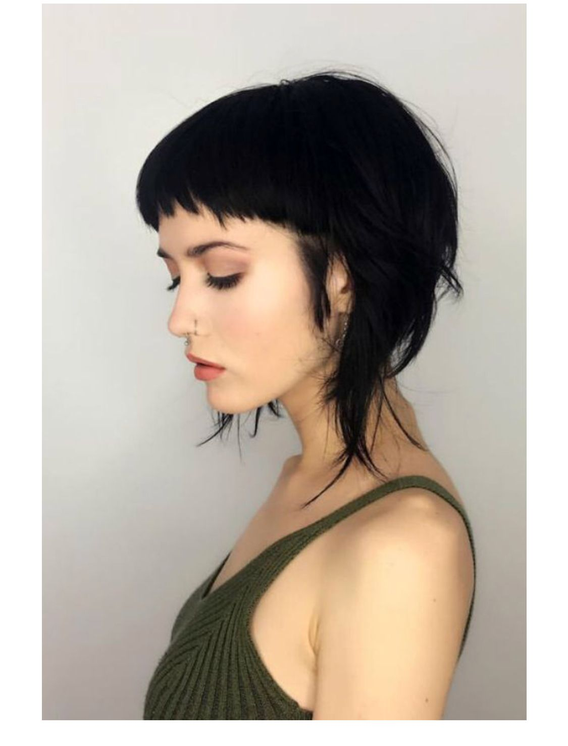 Pin By Ronette Quitoriano On Hair Needs Thick Hair Styles Short Hair With Bangs Short Hair Styles