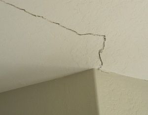 Ceiling Cracks Foundation Repair Repair Ceilings Cracked Paint