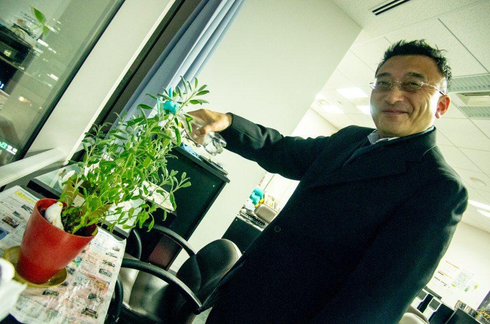 Mr.Yoshida  https://www.facebook.com/herbsdiary