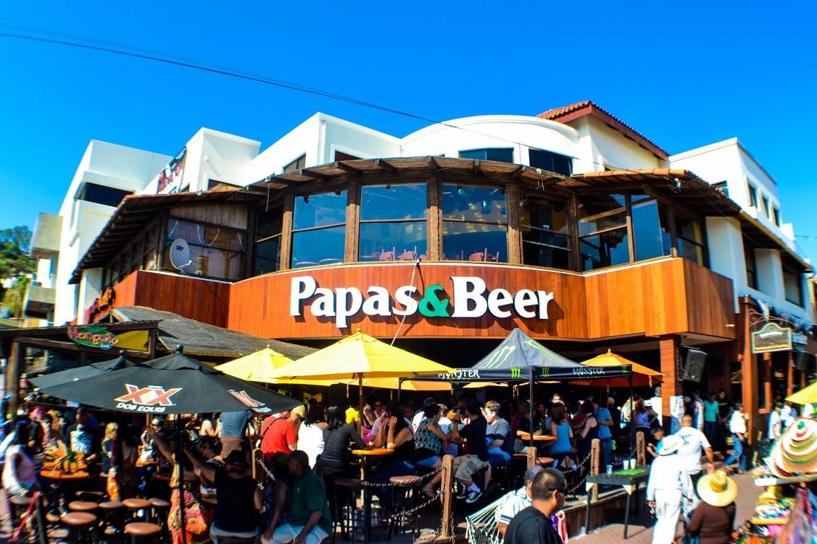 papas beer ensenada in ensenada baja california my. Black Bedroom Furniture Sets. Home Design Ideas
