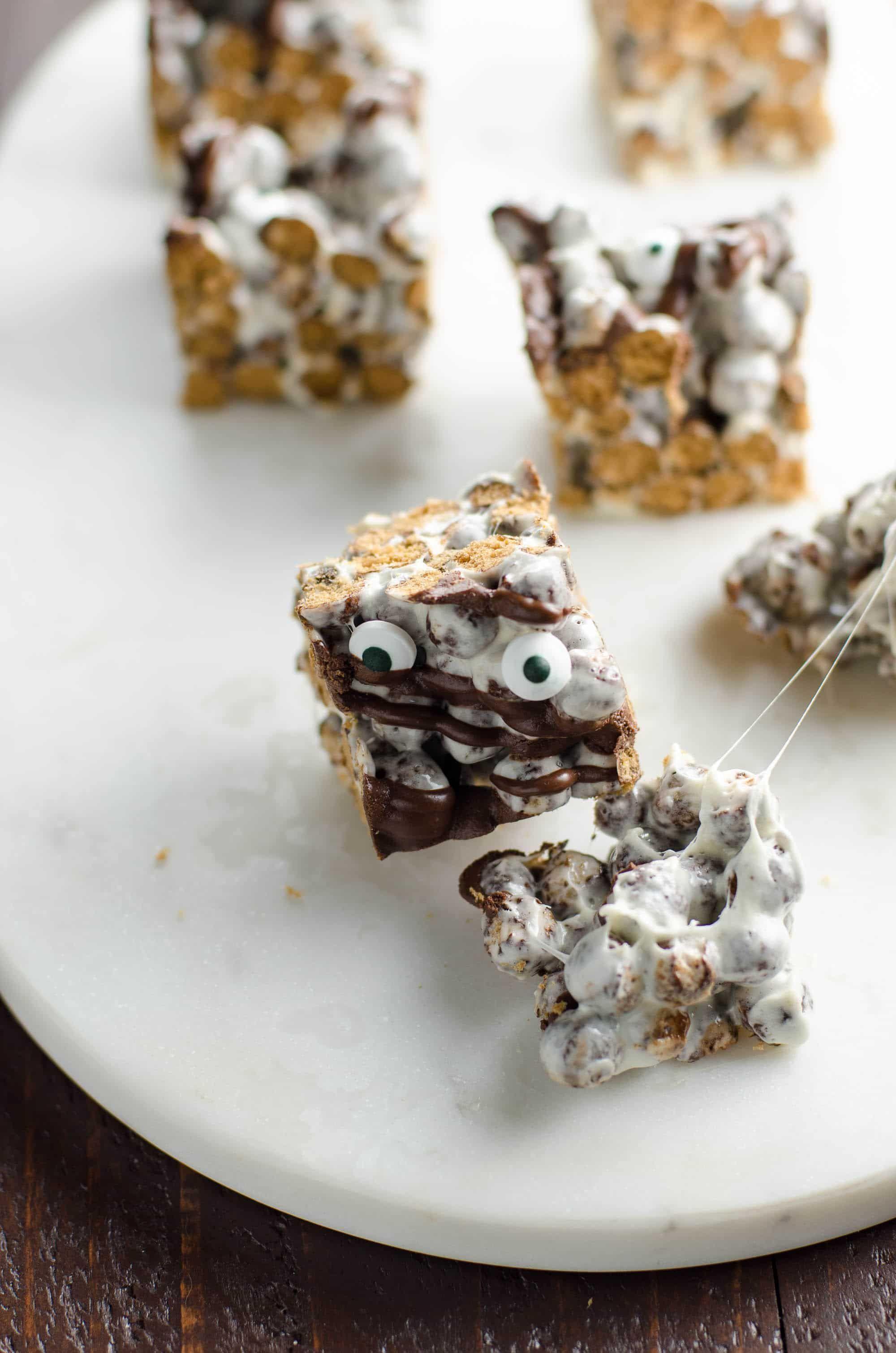 Halloween Cocoa Puff Marshmallow Treats Recipe