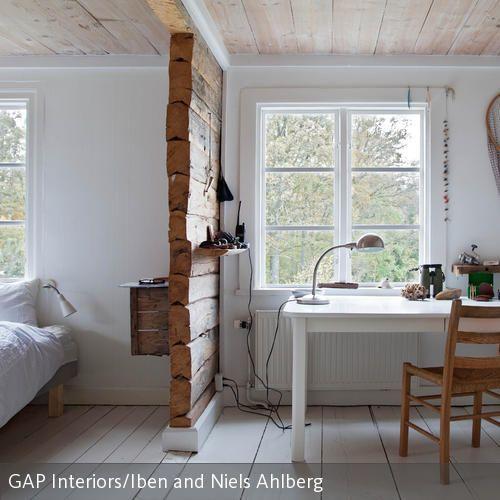 Trennwand aus Holz im Schlafzimmer in 2020 Wohnen