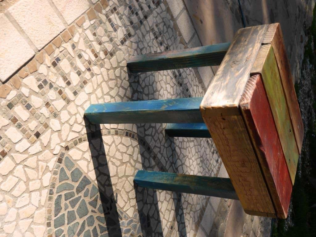 How to build an easy pallet stool come costruire uno sgabello