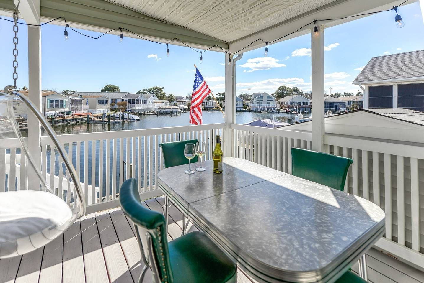 Very Chic Mid Century Modern Themed Beach And Bay House In Ocean City Maryland The Retro Table And Bubble C Beach House Renting A House Ocean City