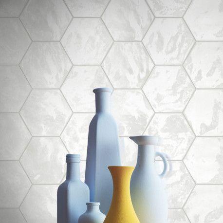 Carrelage mural hexagonal blanc disponible chez Parquet-Carrelage - pose carrelage mural salle de bain