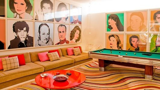 sala de jogos luxuosa decorada