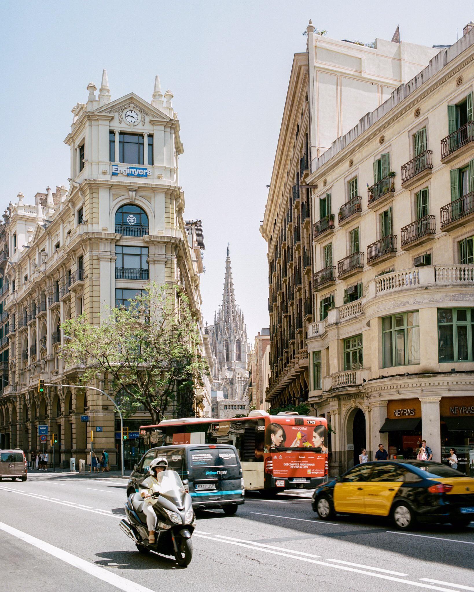Barcelona Oc City Cities Buildings Photography